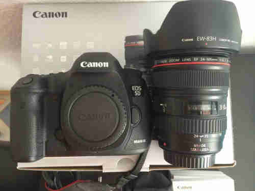 Canon Camera 5D mark 3 with lens
