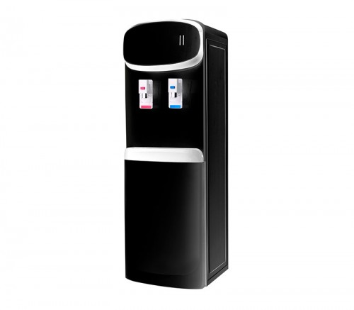 Standing plastic water dispenser