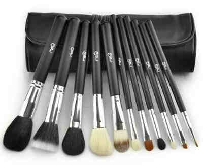 11 Piece Makeup Brush Set with Cosmetics Pouch