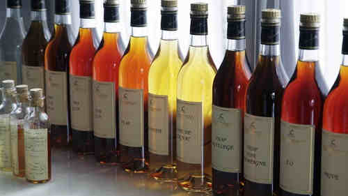 Wholesale Offer EXCELLENT Alcoholic White and Red Wine