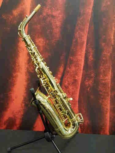 Selmer AS42 Professional Alto Saxophone Lacquer------1000Euro