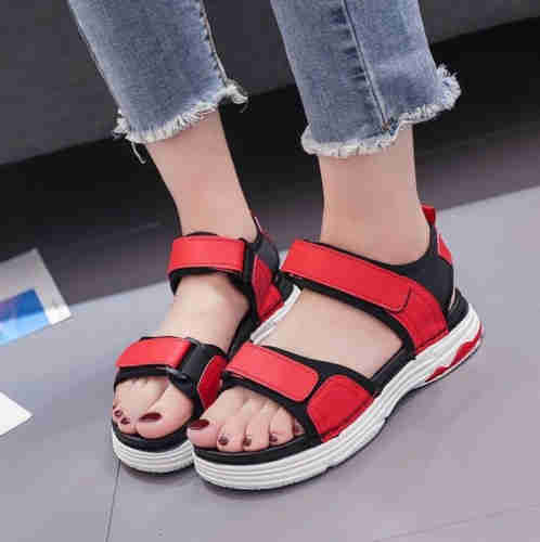 Round square decorative sandals