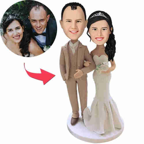 Custom Wedding With Creamy White Suit Bobbleheads